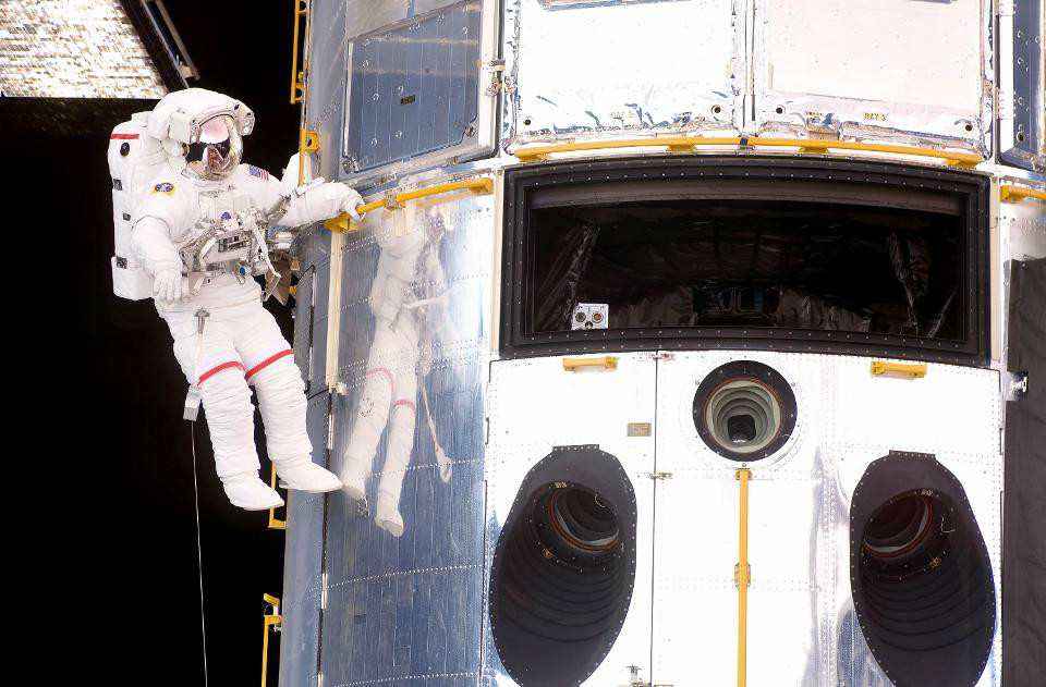 SocialIsolationinSpace 04 چگونه در قرنطینه خانگی دوام بیاوریم؟ فضانوردان ناسا پاسخ می دهند اخبار IT
