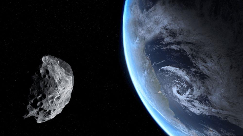 earth asteroid 2 shutterstock سیارکی به بلندای کوه اورست؛ ماجرای خطر بزرگی که زمین را تهدید میکرد چه بود؟ اخبار IT