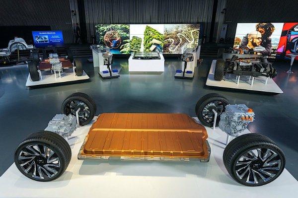 معرفی باتری یک میلیون مایلی جنرال موتورز؛ تیر خلاص برای خودروهای بنزینی