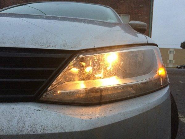 dim headlights عمر باتری خودرو چقدر است و چگونه میتوان از خراب شدن زود هنگام آن جلوگیری کرد؟ اخبار IT