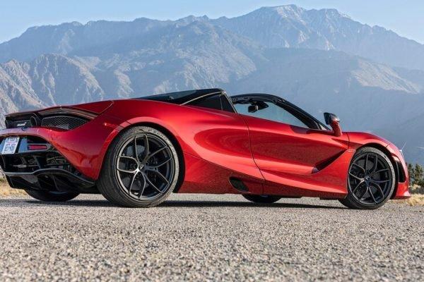 2020 McLaren 720S Spider 3 600x400 رقابت داغ پورشه 911 توربو S، مک لارن 720S و مرسدس AMG GT R در بازار سرد صنعت خودروسازی جهان اخبار IT