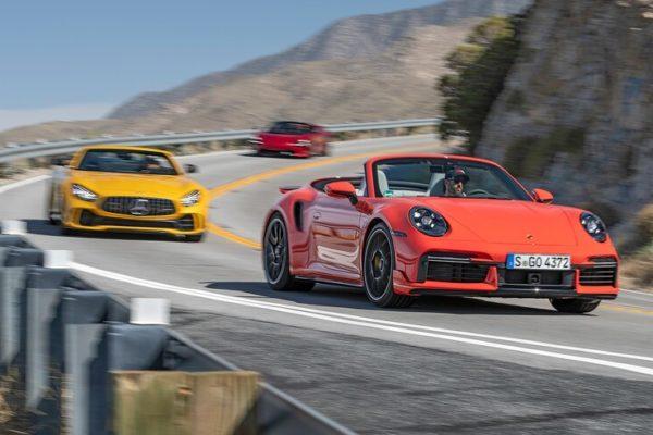 2020 McLaren 720S Spider vs 2020 Mercedes AMG GT R Roadster vs 2021 Porsche 911 Turbo S Cabriolet 2 600x400 رقابت داغ پورشه 911 توربو S، مک لارن 720S و مرسدس AMG GT R در بازار سرد صنعت خودروسازی جهان اخبار IT