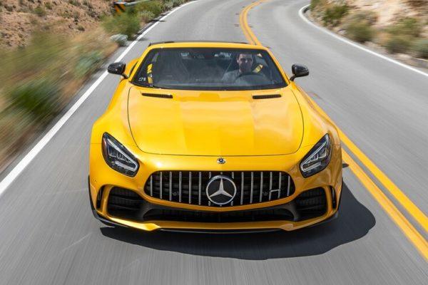 2020 Mercedes AMG GT R Roadster 32 1 600x400 رقابت داغ پورشه 911 توربو S، مک لارن 720S و مرسدس AMG GT R در بازار سرد صنعت خودروسازی جهان اخبار IT