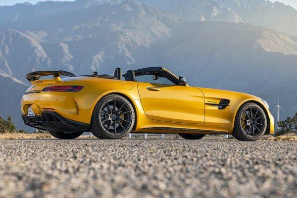 2020 Mercedes AMG GT R Roadster 5 1 600x400 رقابت داغ پورشه 911 توربو S، مک لارن 720S و مرسدس AMG GT R در بازار سرد صنعت خودروسازی جهان اخبار IT