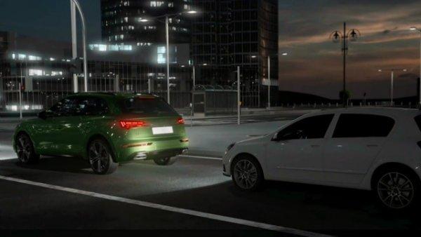 2021 Audi Q5 OLED Taillights 3 انتقال پیام از طریق چراغهای OLED؛ ایده نوین آئودی برای افزایش ایمنی [تماشا کنید] اخبار IT