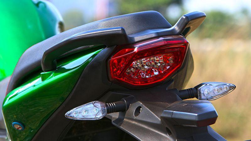 23768 IMG 8437 بررسی موتورسیکلت بنلی 300؛ آغازگر مسیر بزرگان اخبار IT