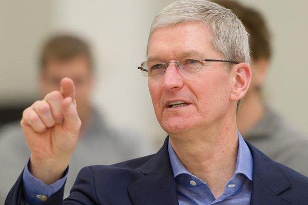 Apple CEO Tim Cook to Congress The App Store is in a street fight for market share 2 مدیرعامل اپل در جمع میلیاردرها؛ ثروت تیم کوک از ۱ میلیارد دلار فراتر رفت اخبار IT