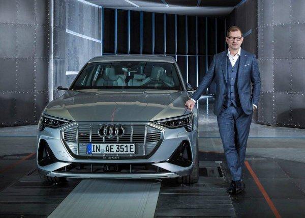 مدیرعامل آئودی: تسلا 2 سال از سایر خودروسازان جلوتر است