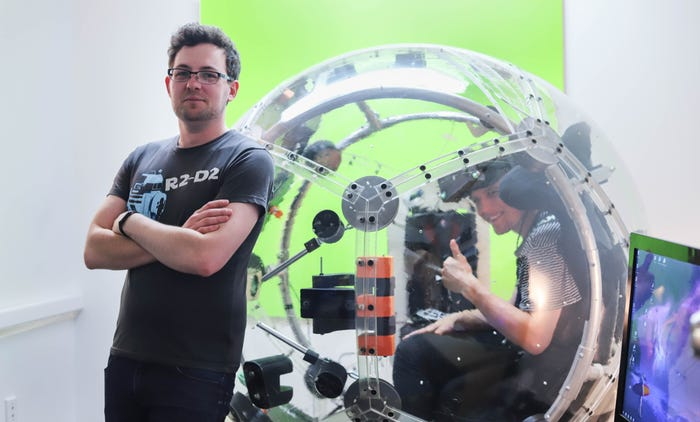 Nova 4 شبیهساز ۱۵۰ هزار دلاری «نوا» چگونه حس پرواز با جنگنده را منتقل میکند؟ اخبار IT