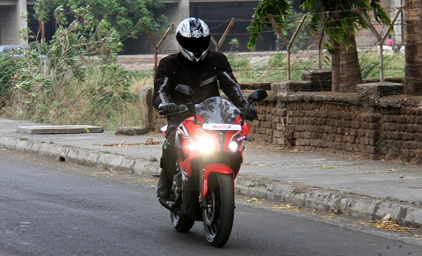Pulsar RS 200 Test Ride بررسی موتورسیکلت پالس RS200؛ مزایا، معایب و قیمت در بازار اخبار IT