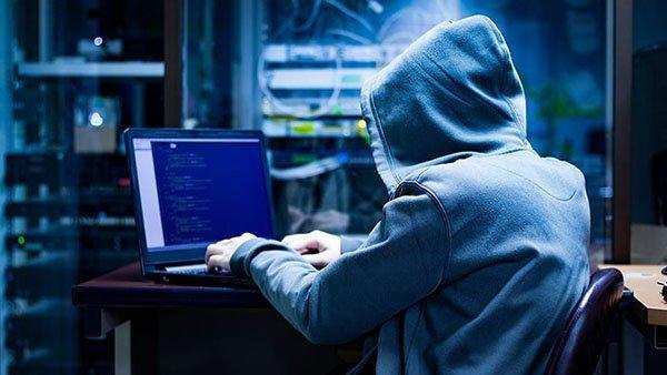 white hat hacker ادعای یک شرکت امنیتی: هکرهای ایرانی دسترسی به سیستمهای هک شده را میفروشند اخبار IT