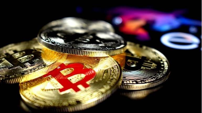 Bitcoin cryptocurrency 770x433 چرا بیتکوین دوباره در حال دستیابی به ارزشی رکوردشکنانه است؟ اخبار IT