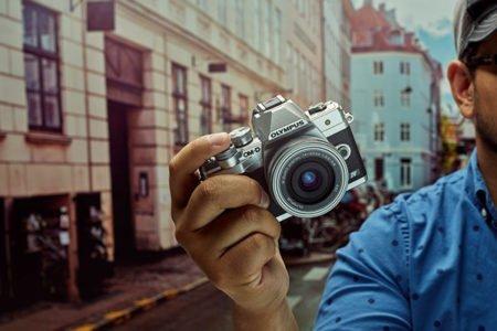 الیمپوس از دوربین O-MD E-M10 Mark IV به قیمت ۷۰۰ دلار رونمایی کرد