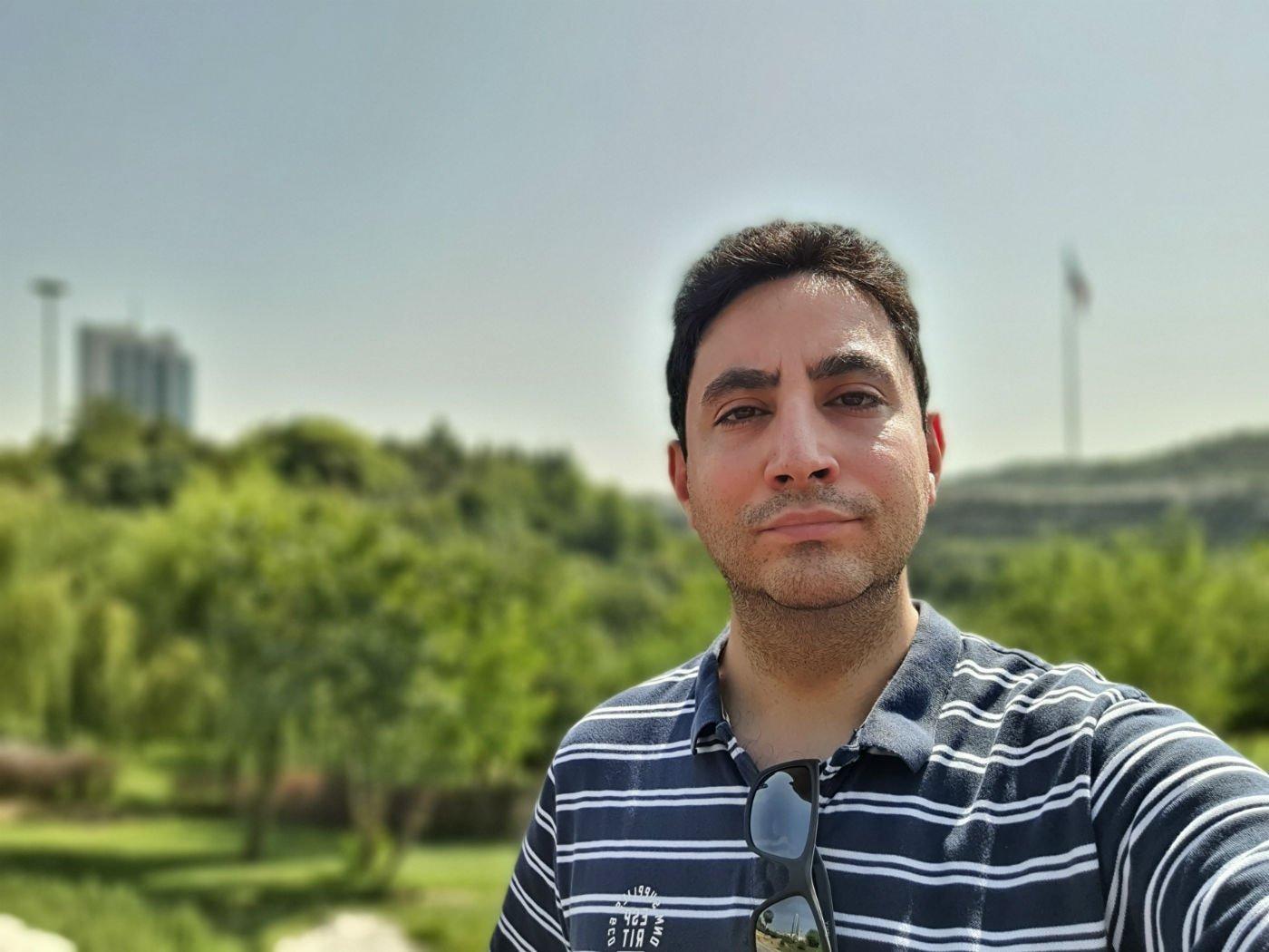 GalaxyNote10Lite Selfie 11 w1400 بررسی سامسونگ گلکسی نوت ۱۰ لایت؛ اولین عضو میانرده از خانواده نوت اخبار IT