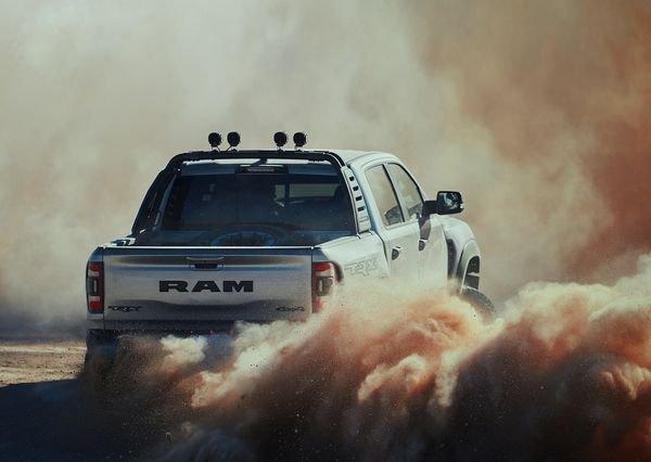 Ram 1500 TRX 2021 7 دوج رم 1500 TRX؛ قدرتمندترین و سریعترین پیکاپ جهان برای شکار فورد رپتور معرفی شد اخبار IT