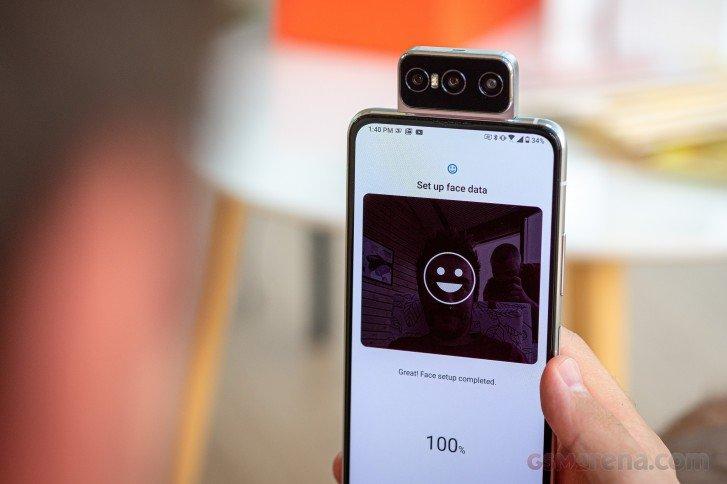 The Asus Zenfone 7 adds a third lens to its neat flipping camera 2 از نمایشگاه IFA 2020 چه انتظاراتی داشته باشیم؟ اخبار IT