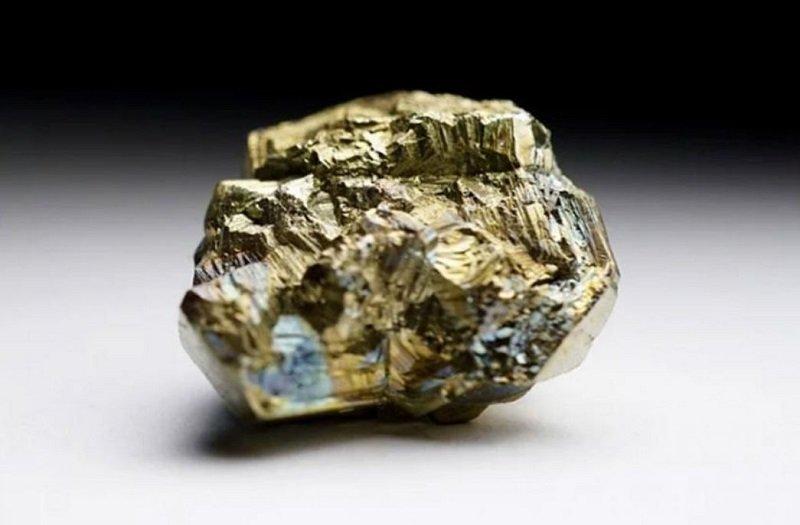 What is fools gold and why can it be valuable after all القای خواص مغناطیسی به مواد غیر مغناطیسی با الکتریسیته برای اولین بار اخبار IT