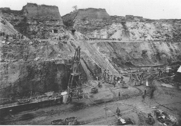 shinkolobwe 0a59ea82 6af5 49e1 9e01 387b1b7ef8f resize 750 w600 در سالگرد ۷۵ سالگی بمباران ژاپن: معدن فراموششدهای که بمبهای اتم را ساخت اخبار IT