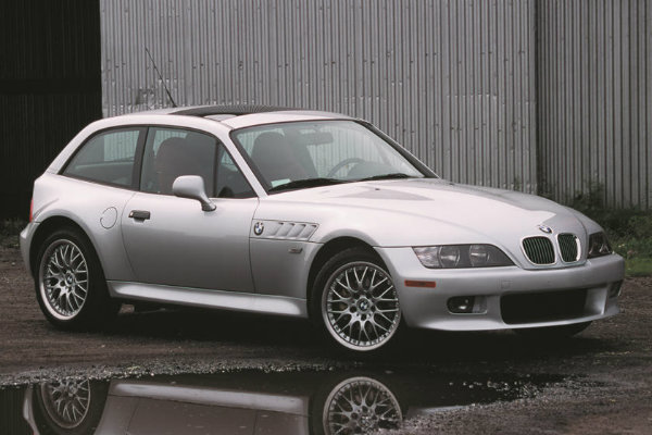 1997 2002 BMW Z3 M Coupe با جنجالیترین محصولات بامو آشنا شوید؛ از سری 2 اکتیو تورر تا کفش دلقک! اخبار IT