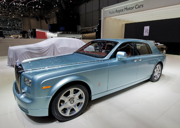 2011 rolls royce electric 102ex concept 6 اولین خودروی الکتریکی رولزرویس احتمالا تا سال 2030 معرفی میشود اخبار IT