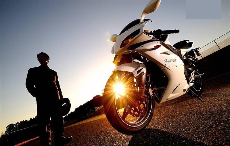 592 بررسی موتورسیکلت مگلی 250؛ انگلیسی نامحبوب بازار اخبار IT