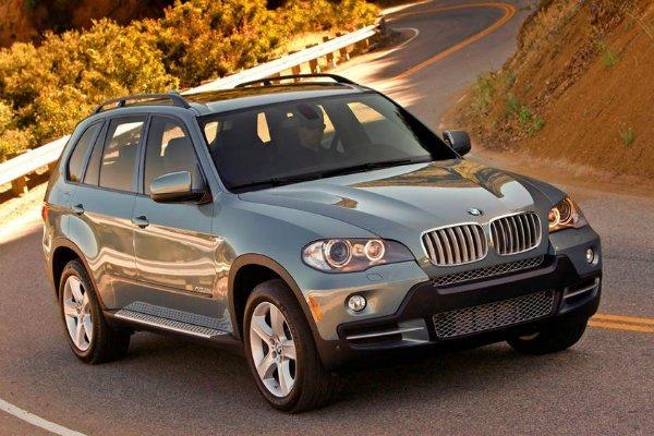 BMW X5 1 با جنجالیترین محصولات بامو آشنا شوید؛ از سری 2 اکتیو تورر تا کفش دلقک! اخبار IT