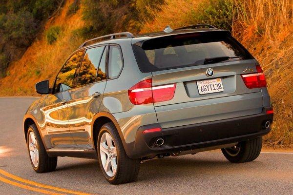 BMW X5 2 با جنجالیترین محصولات بامو آشنا شوید؛ از سری 2 اکتیو تورر تا کفش دلقک! اخبار IT