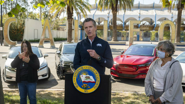 California Will Only Allow Sales Of New Zero Emission 1 اولین خودروی الکتریکی رولزرویس احتمالا تا سال 2030 معرفی میشود اخبار IT