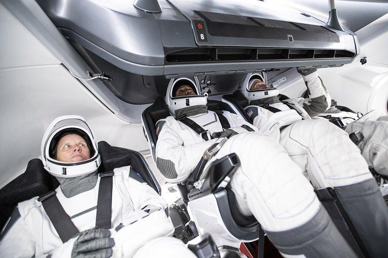ناسا تاریخ اولین پرواز عملیاتی کرو دراگون اسپیس ایکس را تغییر داد اخبار IT