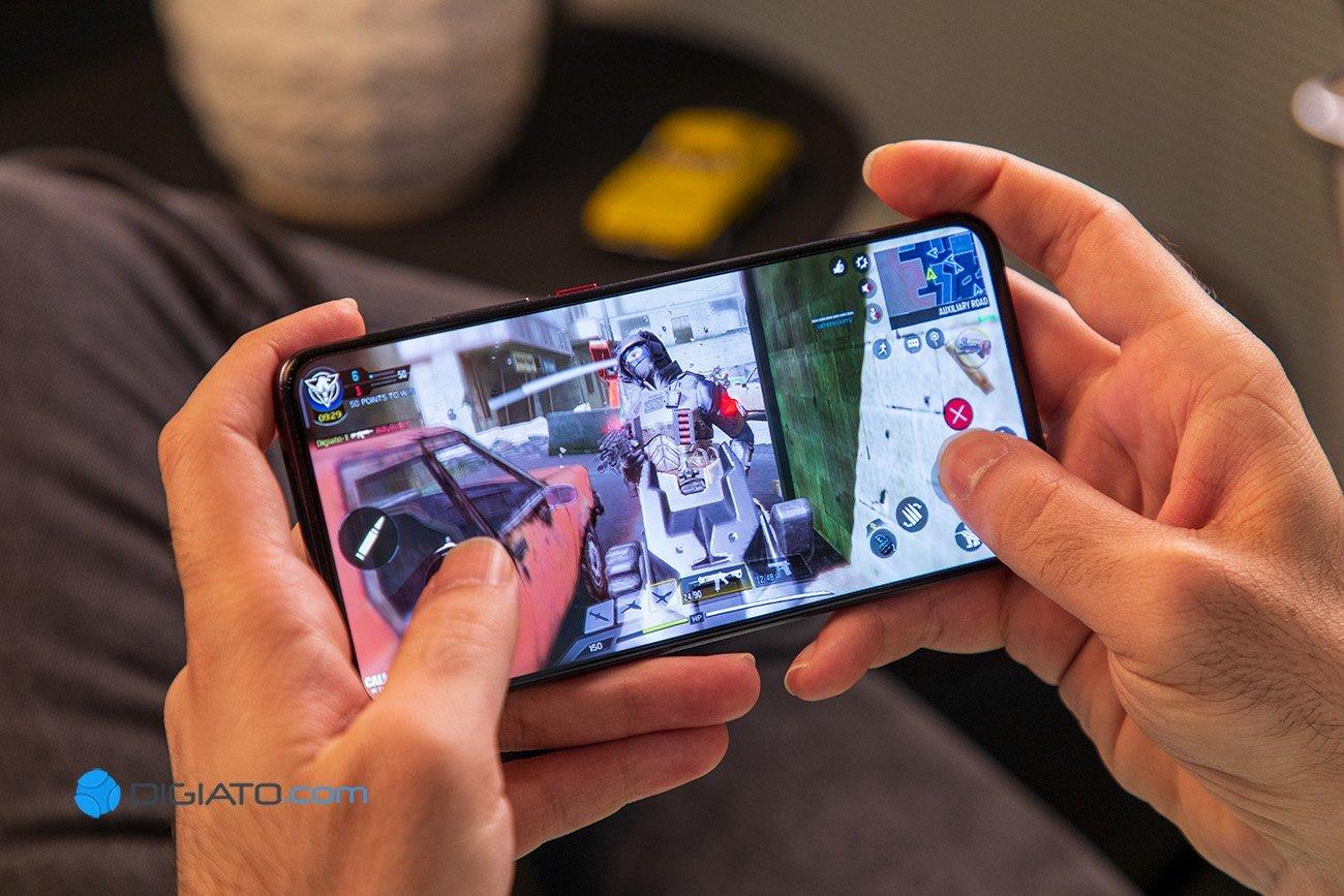 Digipic XiaomiPocoF2Pro 9 بررسی شیائومی پوکو اف ۲ پرو ؛ کابوس پرچمداران ۱۰۰۰ دلاری اخبار IT