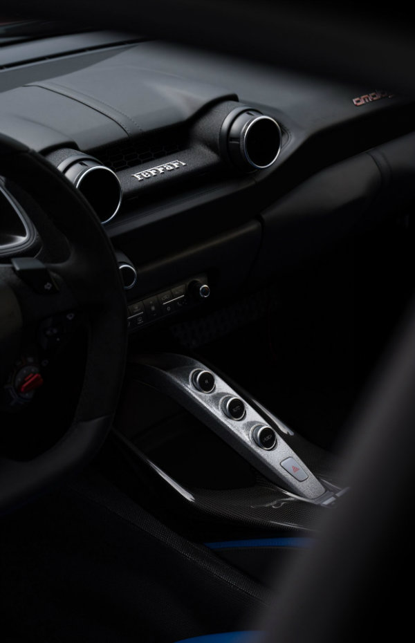 Ferrari Omologata one off 10 معرفی فراری اومولوگاتا؛ سوپر اتومبیلی که تنها یک دستگاه از آن در جهان موجود خواهد بود اخبار IT