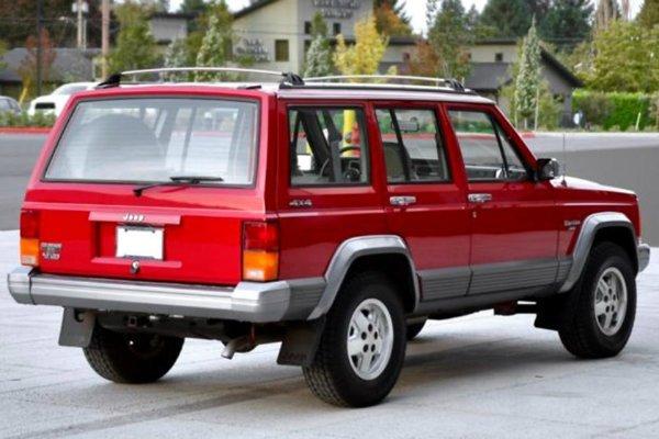 Jeep Cherokee XJ 1983 2001 2 مروری بر تاریخچه کراساوورها؛ محبوبترین کلاس خودرو در جهان اخبار IT