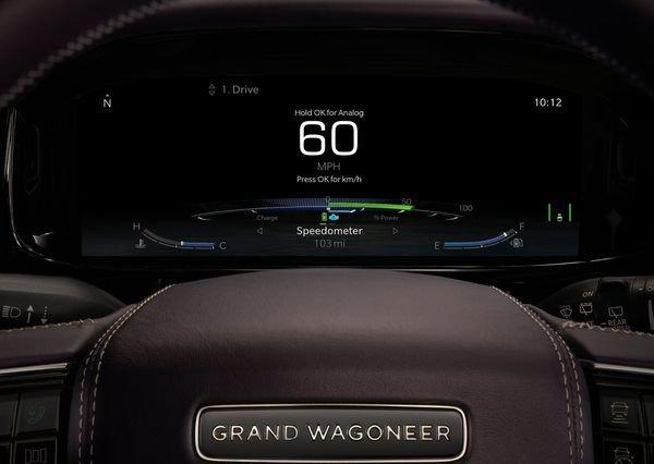 Jeep Grand Wagoneer Concept 2020 12 نگاهی به مشخصات کانسپت جیپ گرند واگنیر با هفت نمایشگر داخلی و فنربندی بادی اخبار IT