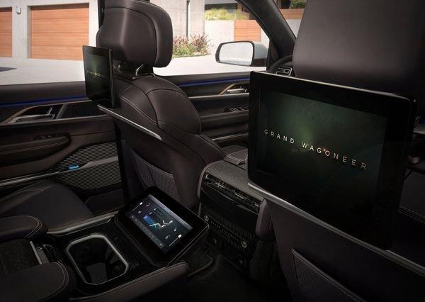 Jeep Grand Wagoneer Concept 2020 16 نگاهی به مشخصات کانسپت جیپ گرند واگنیر با هفت نمایشگر داخلی و فنربندی بادی اخبار IT
