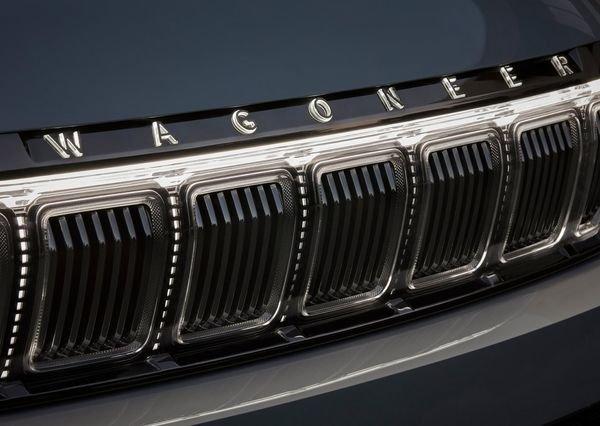 Jeep Grand Wagoneer Concept 2020 23 نگاهی به مشخصات کانسپت جیپ گرند واگنیر با هفت نمایشگر داخلی و فنربندی بادی اخبار IT