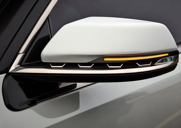 Jeep Grand Wagoneer Concept 2020 24 نگاهی به مشخصات کانسپت جیپ گرند واگنیر با هفت نمایشگر داخلی و فنربندی بادی اخبار IT