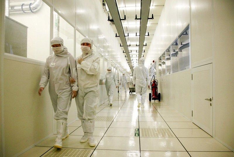 SMIC US دولت آمریکا بزرگترین شرکت سازنده چیپ در چین را تحریم میکند؟ اخبار IT