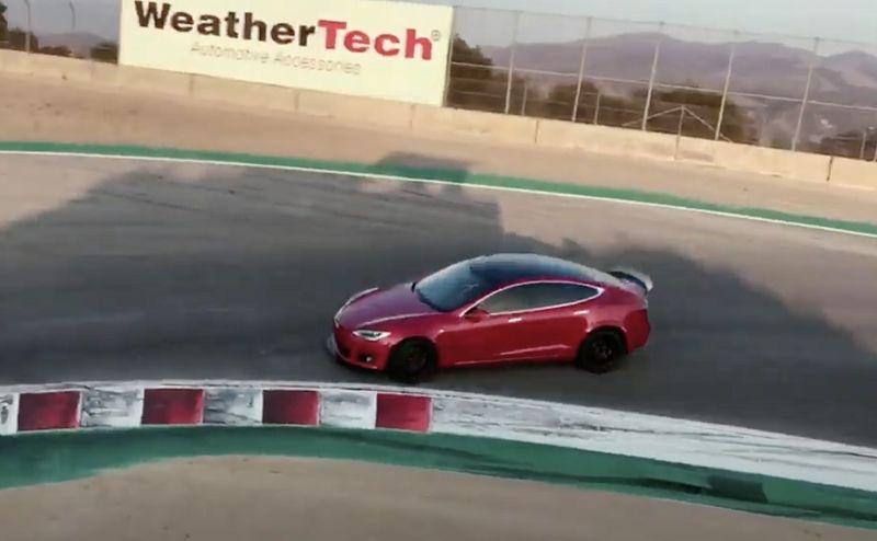 تسلا Model S Plaid