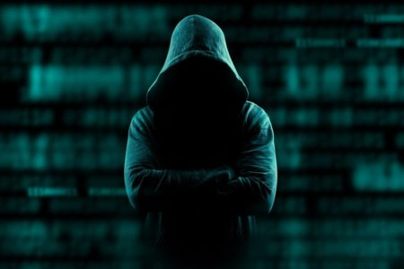 وزارت بهداشت: مراقب اپلیکیشن کلاهبرداری به نام جعلی سامانه سلامت باشید