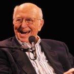 پدر بیل گیتس در سن ۹۴ سالگی درگذشت؛ نقش او در جامعه فناوری آمریکا چه بود؟