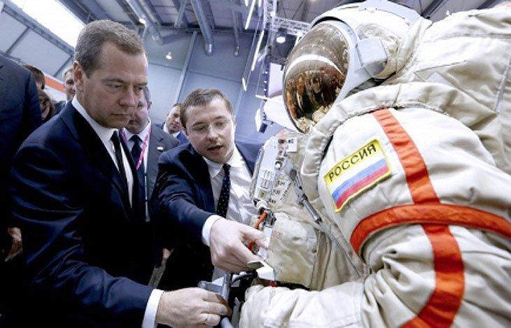 roscosmos launches reorganization 1438181484 زهره یک سیاره روسی است؛ ادعای عجیب رئیس سازمان فضایی روسیه اخبار IT