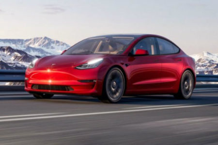 تسلا مدل 3 2021 با تغییرات ظاهری خفیف و بهبودهای فنی به فروش میرسد