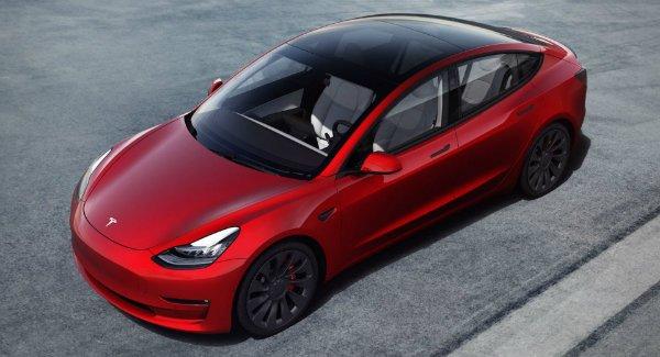 2021 Tesla Model 3 6 تسلا پرطرفدارترین و اینفینیتی کم طرفدارترین برندهای بازار خودرو اخبار IT