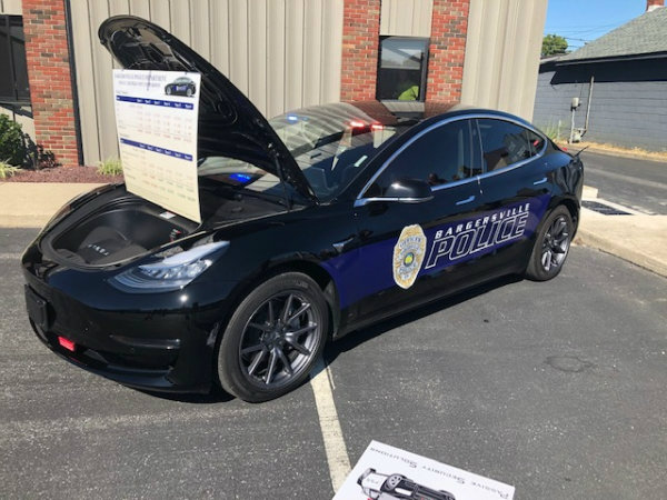 Bargersville Police Tesla Model 3 2 تسلا مدل 3 به جای دوج چارجر؛ 7000 دلار صرفه جویی در هزینههای پلیس آمریکا اخبار IT