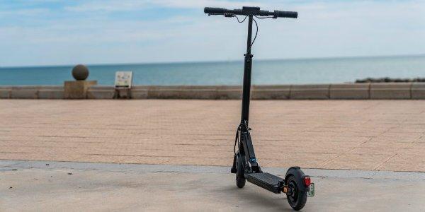 Mercedes Benz Micro Mobility Systems E Tretroller eScooter اسکوتر برقی مرسدس بنز EQ معرفی شد؛ محصول مشترک آلمان و سوئیس اخبار IT