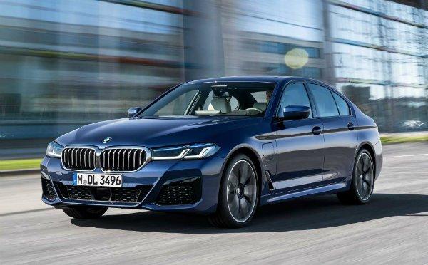 بامو بزرگترین آپدیت نرمافزاری خود را برای 750 هزار خودرو ارائه میکند