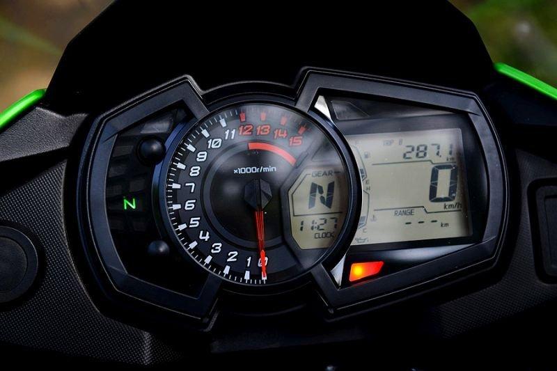 TZJ 8972 بررسی موتورسیکلت کاوازاکی ورسیس 250 اخبار IT