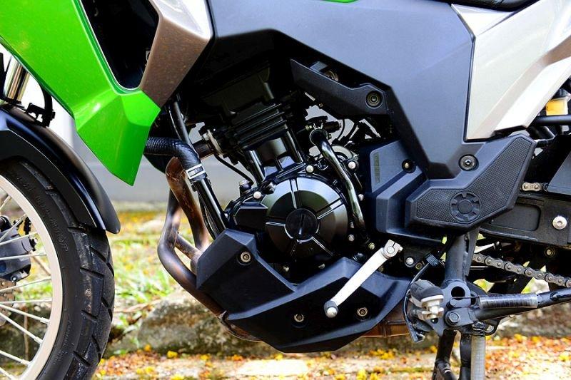 TZJ 8986 بررسی موتورسیکلت کاوازاکی ورسیس 250 اخبار IT