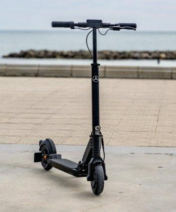 mercedes benz eq e scooter rolls out with 25 kilometer range 4 اسکوتر برقی مرسدس بنز EQ معرفی شد؛ محصول مشترک آلمان و سوئیس اخبار IT