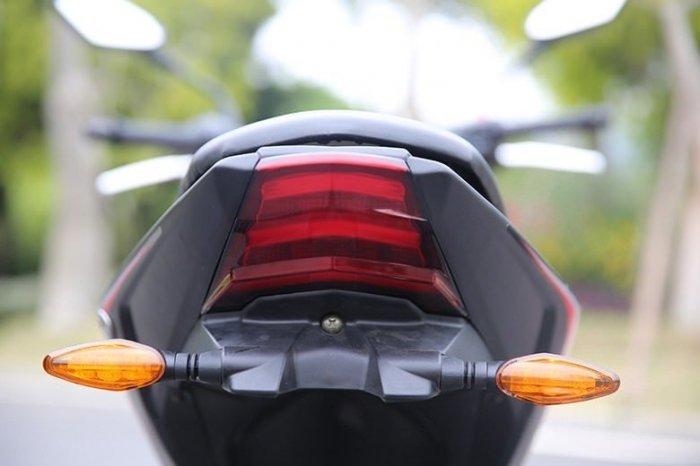 rOeYKC8h بررسی موتورسیکلت sym گلکسی NA180؛ مشخصات فنی و قیمت تایوانی ناشناس بازار ایران اخبار IT